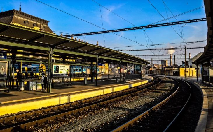 Nuda v Brně nehrozí. V sázce je osud nádraží, už asi 10 let. Kraj teď schválil variantu ´řeka´, ale...