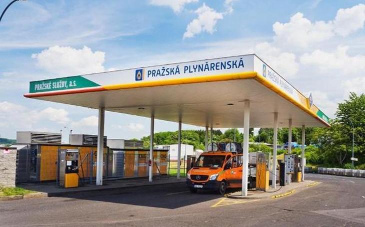 Obliba stlačeného plynu jako paliva začíná pomalu dohánět tradiční benzinové motory. A Pražská plynárenská jde trendu naproti