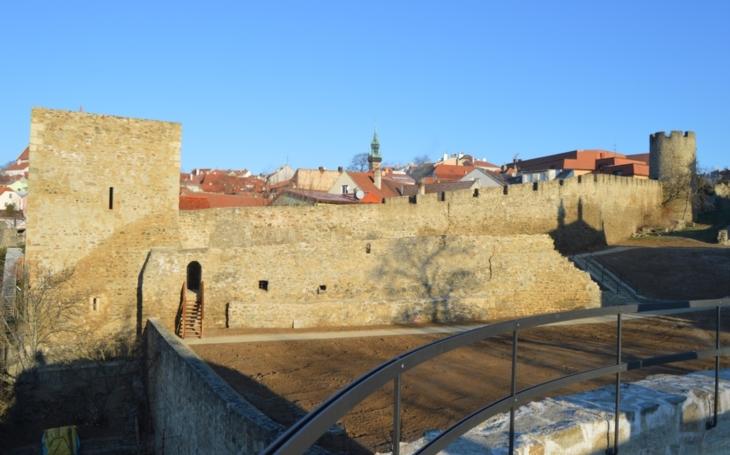Znojmo má novou turistickou atrakci: Opravené věže v Kapucínské zahradě