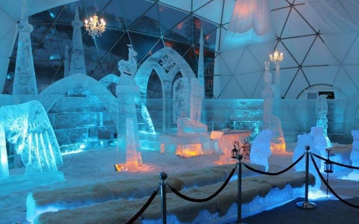 Na náměstí Republiky vznikne o víkendu ledové království. Dojde i na setkání s hokejistou Plzně Ryanem Hollwegem