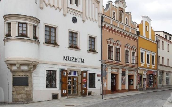 Začala rekonstrukce Galerie výtvarného umění v Havlíčkově Brodě. V novém se návštěvníkům otevře snad již v létě
