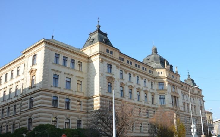 Krajský soud v Brně se snaží zabít člověka. Komentář Štěpána Chába