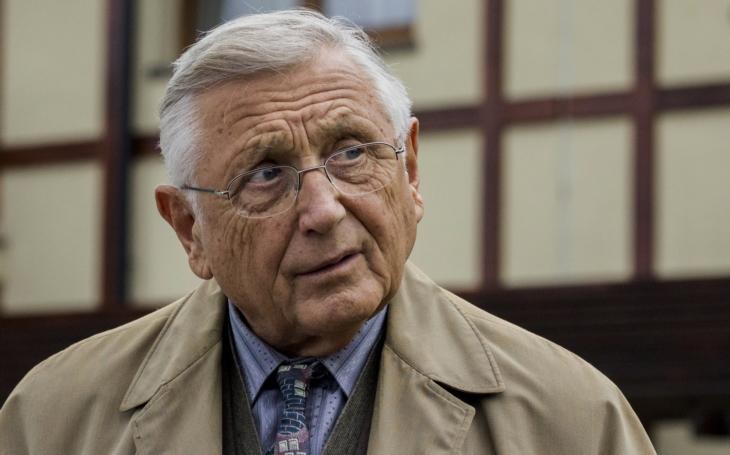 Proč vzal Jiří Menzel roli v Hospodě? Třináctá komnata i největší skandál jeho života