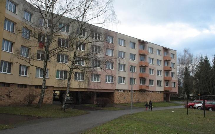 Zůstalo po ní doma čtyřleté dítě. Zabil Jitku Lučivňákovou její manžel? Zmizelí Češi