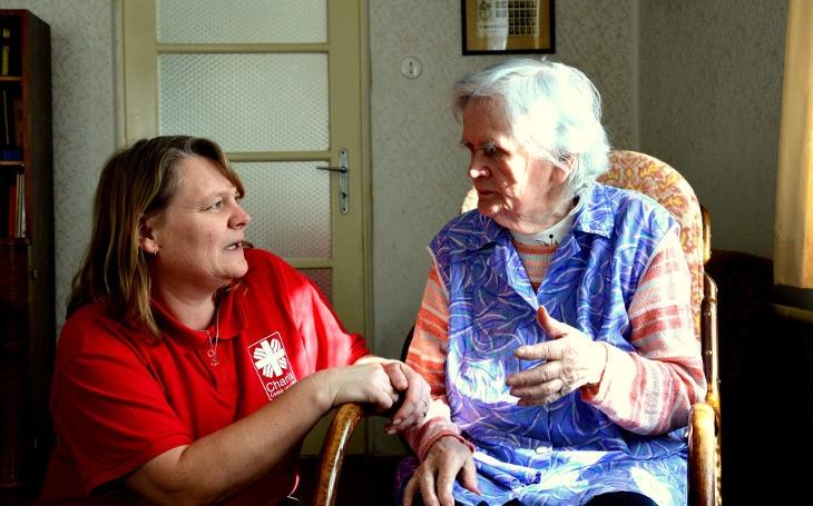 Oblastní charita Pardubice se snaží, aby rodina nebyla paralyzovaná péči o svého bližního v nemoci