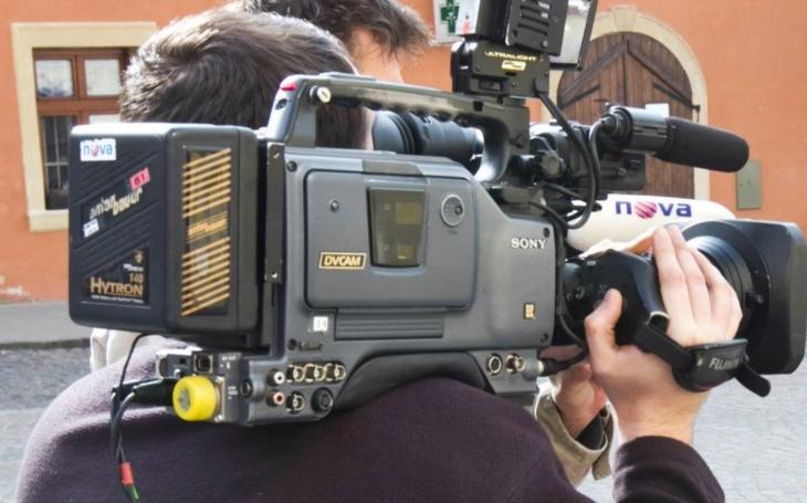 Domácí násilí před kamerou a televize, kde se i snídá, za hranou. VIP skandály a aférky