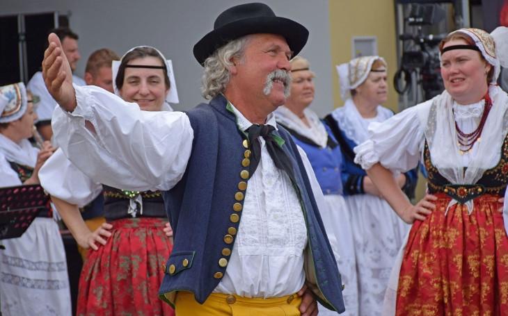 V Pištíně se tak mlaskalo, až Rakušanům tekly sliny po bradě. Festival regionálních potravin měl úspěch