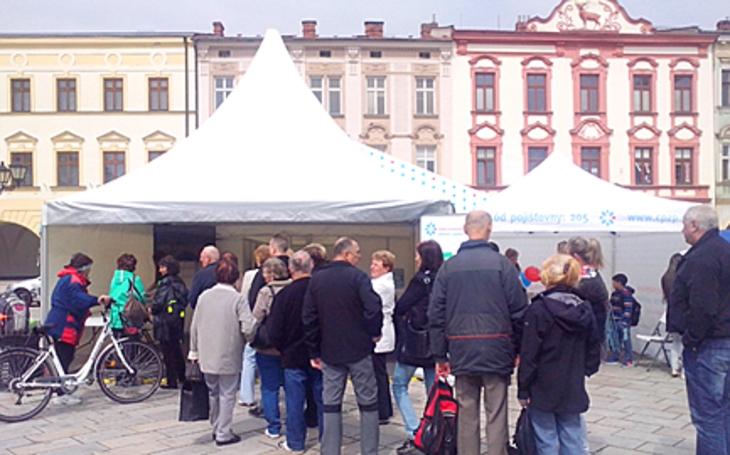Ve čtvrtek se v Plzni bude bojovat proti pihám. Ne každá je znamením krásy, některé jsou polibkem zubaté