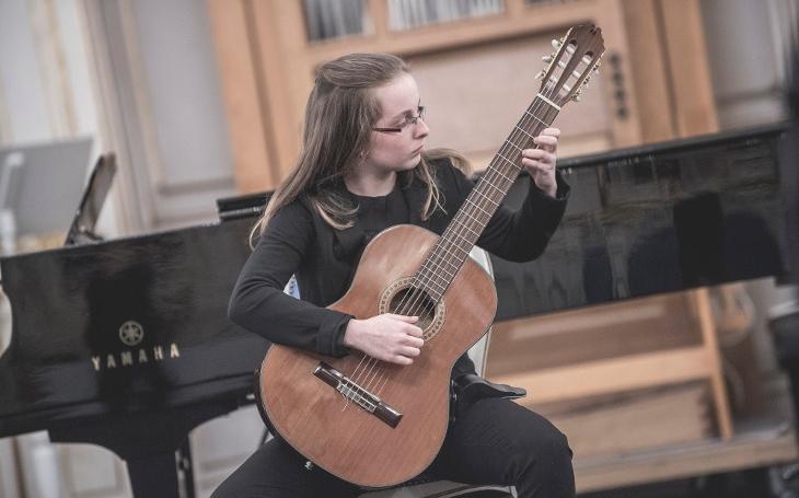 Hudbou ksobě blíž – Charitativní koncert propojí začínající hudebníky spředními českými umělci
