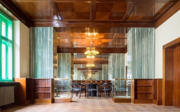 Plzeňské Loosovy interiéry se ucházejí o titul nejlepší destinace v Česku. Můžete hlasovat a vyhrát cenu