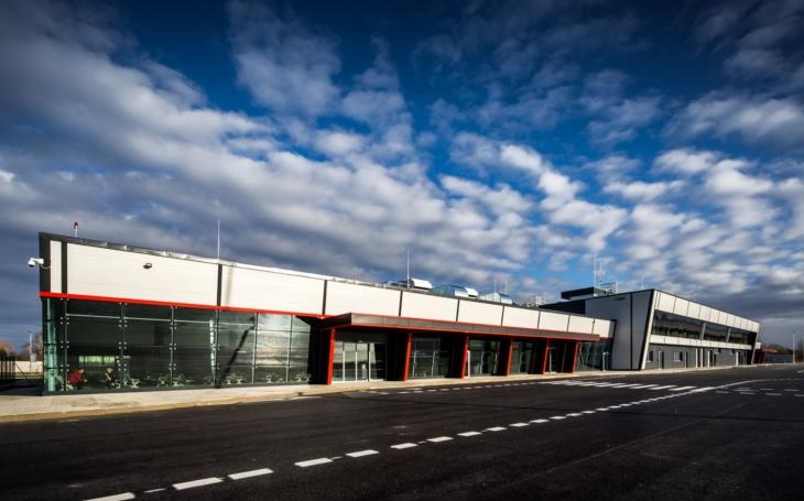 O pardubické letiště mají zájem ve střední Asii. Hejtman jedná o možných nových linkách