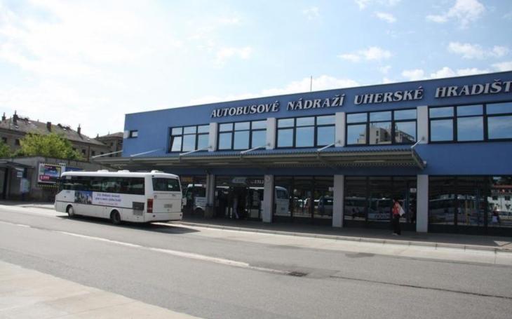 Komfortnější a ekologičtější… V Uherském Hradišti mají nové autobusy MHD