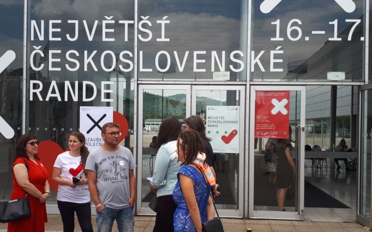 Řekla jsem si, že kdyby nic jiného, aspoň zažiju zajímavé dva dny… RE:PUBLIKA uspořádala největší československé rande