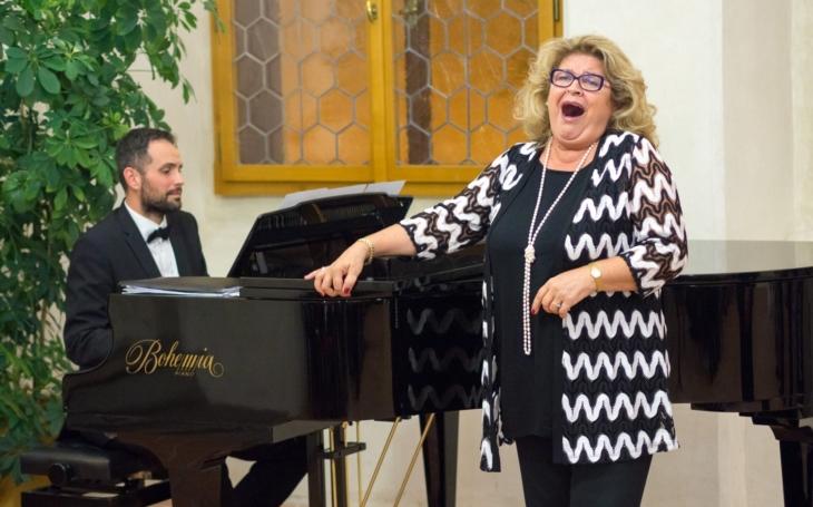 La Scala, Metropolitní v New Yorku, Vídeňská Státní Opera… a Pelhřimov. Pěvecká akademie legendární sopranistky