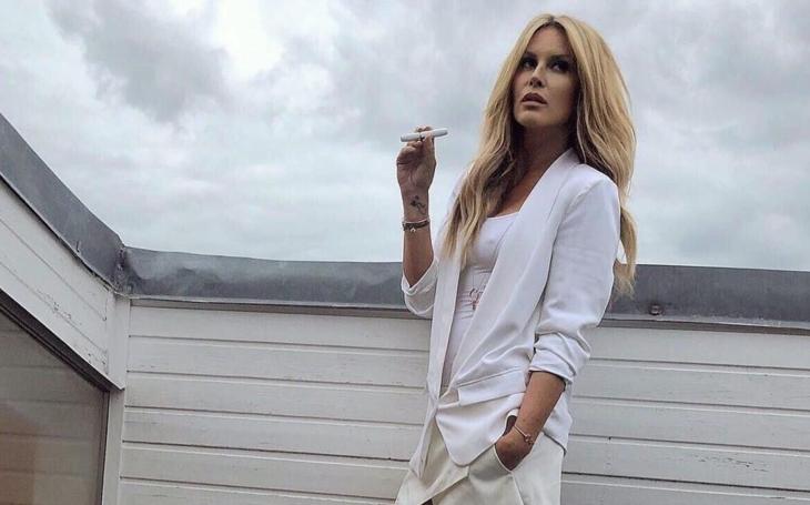 fotografie kouření celebrit