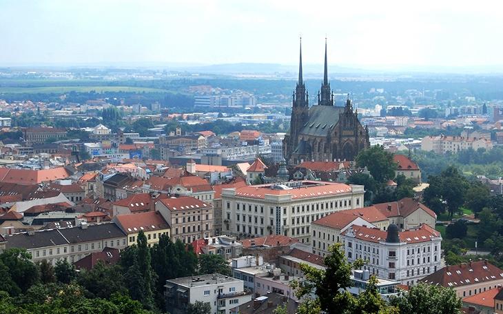 Brno plánuje přestat používat do roku 2020 jedovatý glyfosát, je spojený s výraznými zdravotními riziky