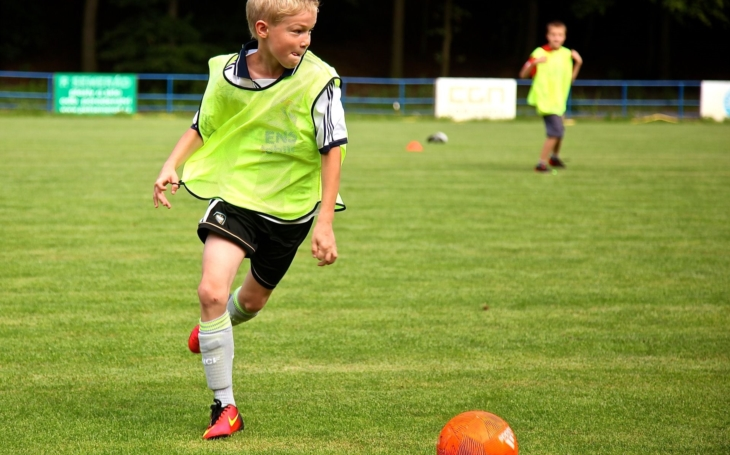 Bude čistě krajské derby? Pardubický kraj uvolní půl milionu na podporu chrudimské fotbalové mládeže