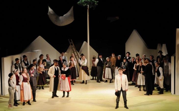 Plzeňské náměstí Republiky se stane dějištěm největšího open air představení Prodané nevěsty, v klasické verzi z roku 1870
