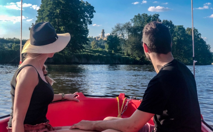 Lidé uvidí na Instagramu reálné místo, inspirují se a sami zatouží po tom, pořídit si tam fotku… Hluboká láká turisty třetího tisíciletí