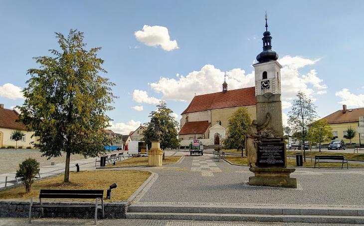 Všechny cesty vedou do Prčice! A to nejen vdobě legendárního pochodu. Český poutník