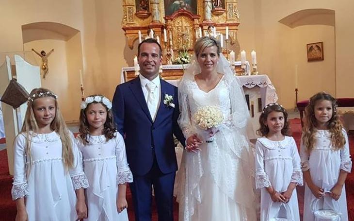 Další svatba jako předvolební tah? Babišova oblíbenkyně se vdávala, premiér se radoval jako malé dítě. Ale ten trapas...
