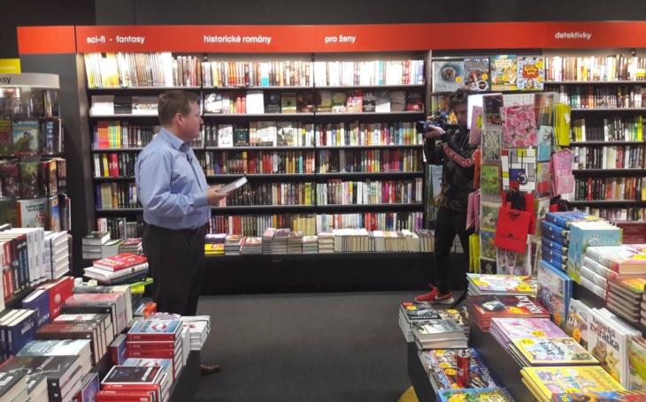 Nepohodlný knihy se okamžitě po koniášovsku hodily do stoupy… Vzpomínky knihkupce