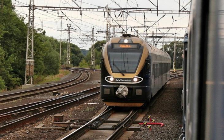 Krajské železnice mohou po roce 2019 brázdit dva dopravci. LeoExpress se nově může objevit na dvou tratích