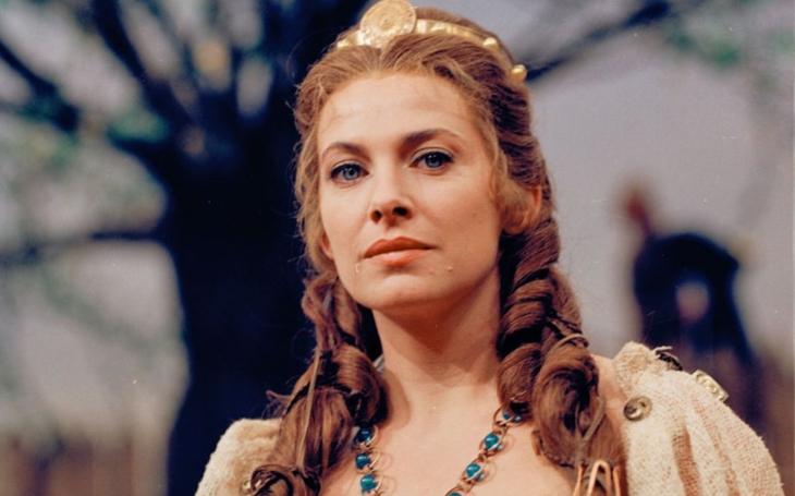 Milena Dvorská léta žila jako v pohádce, ale nakonec se bála vyjít mezi lidi. Tajnosti slavných