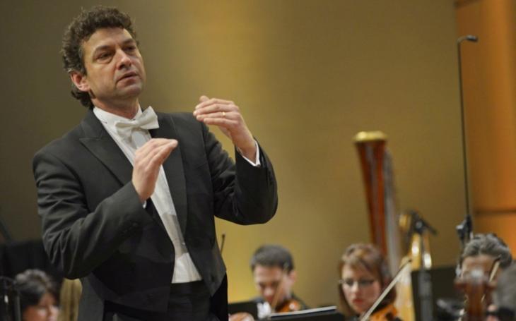 Filharmonie Hradec Králové má nového šéfdirigenta, Švýcara Kaspara Zehndera. A zahajuje svou 41. sezónu