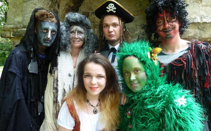 Vyrazte s dětmi na Strašidelný pohádkový les vneděli 23. září v Zahradě Kinských