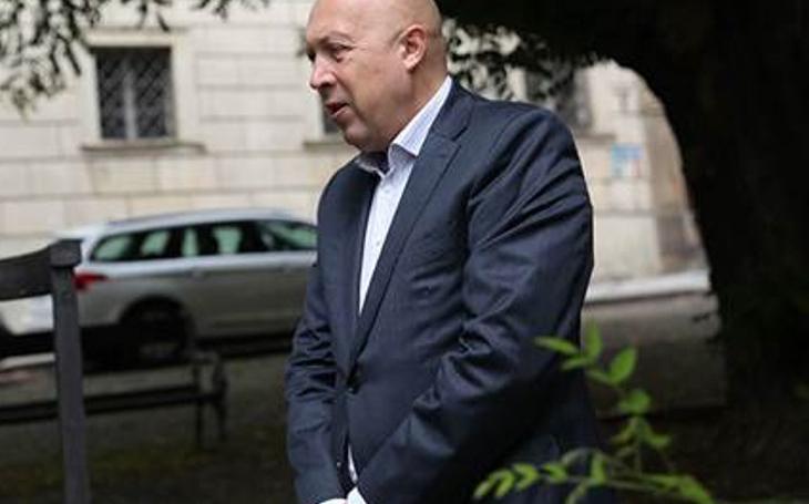 Policie České republiky i městská policie konají, tvrdí v rozhovoru Oldřich Lomecký z TOP 09