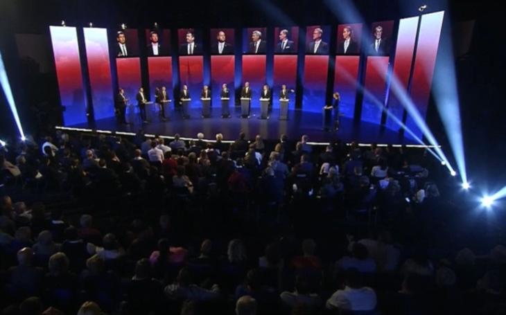 Veřejnoprávní předvolební show ignorovala důležitý problém. Diváci mezitím rozehráli soutěž  Dej si panáka a volali po přehlídce ve slipech