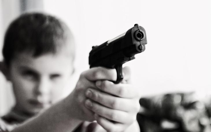 93 % rodičů v České republice uznává fyzické tresty dětem. Komentář Štěpána Chába