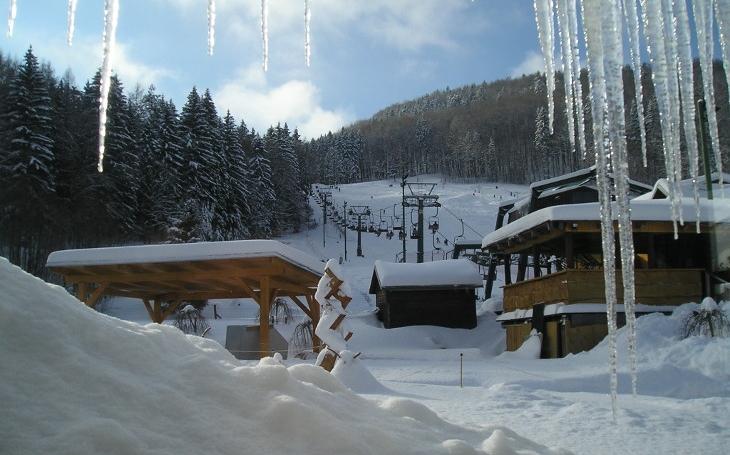 Aktivní odpočinek na lyžích i relaxace ve welnes centru pro celé rodiny uprostřed Krkonoš