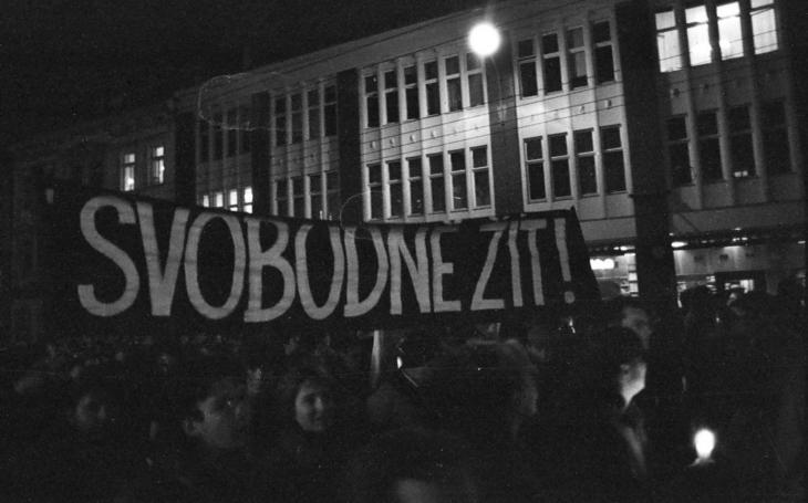 Po 17. listopadu 1989 mi zakázali Standu Hložka a Studio kamarád. Komentář Štěpána Chába