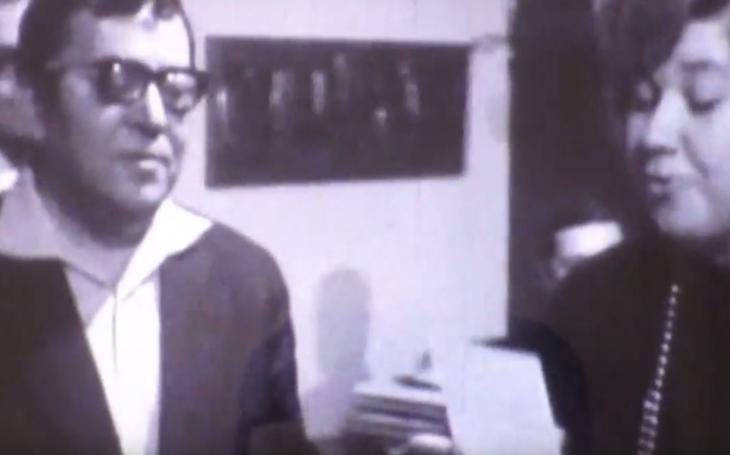 RECENZE Aneb malé noční blues pro pana J. K. Stříhali dohola malého chlapečka… Josef Kainar, Básně