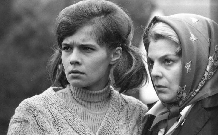 Zničující láska, sex a vesnická tragédie. To je Dlouhá bílá nit z roku 1970. Filmové stopy