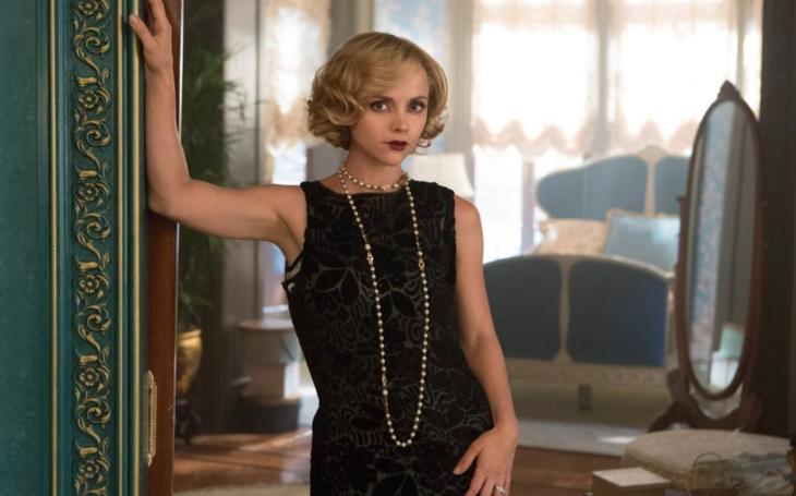 RECENZE Nejen jazz a Gatsby, ale i schizofrenie, alkohol a zoufalství. Zelda Fitzgeraldová, Věnujte mi valčík