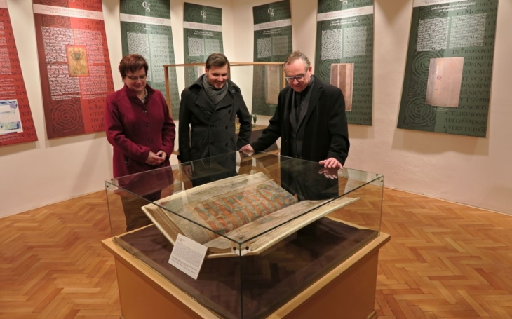 Turisty opomíjené místo. Chrast stráží tajemství Podlažického kláštera, mají vlastní Ďáblovu bibli