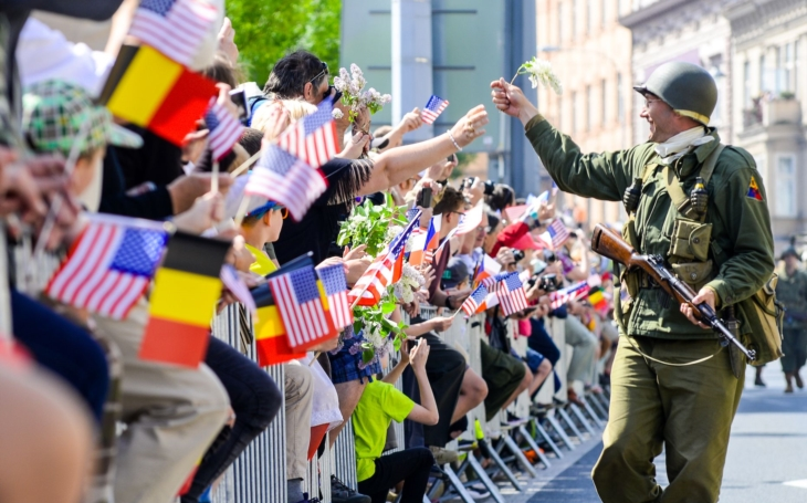Letos budou oslavy konce druhé světové války v Plzni velkolepé, píše se 75. výročí vylodění Spojenců v Normandii