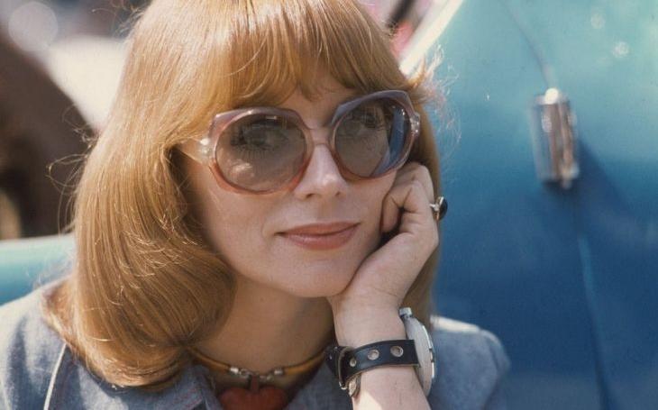 Skoro všechny její filmy zakázali, přesto nikdy nic nevzdává. I osmdesátiny oslaví na pódiu. Tajnosti slavných