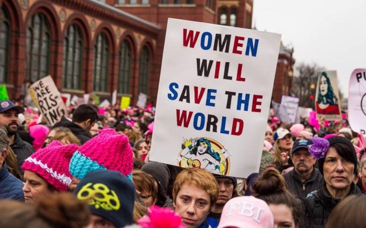 Testosteronem podmáčená politika? Nebo estrogenem vyhrocené emoce. Komentář Štěpána Chába