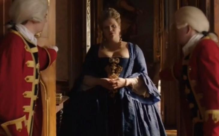 Místo křehké krásky je teď Marie Terezie kredenc s kanýry a manýry uječené domovnice. Vybrali správně? Týden v kultuře