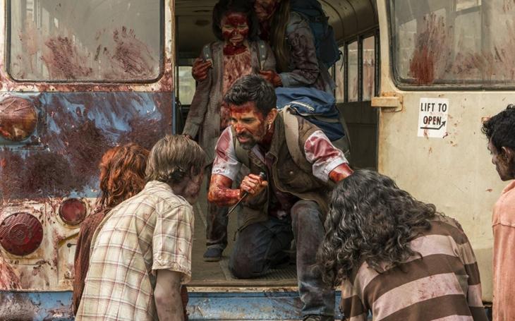 Zombie netáhnou. Seriál Fear the Walking Dead nastoupil s velkým potenciálem, ale ztrácí dech. Premiéry Pavla Přeučila