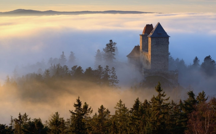Do věží! Matuškův slavný song platí, alespoň u gotických hradů… O víkendu startují Dny šumavského trojhradí