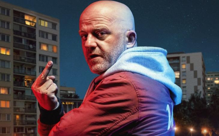 ´Fakáč´ na plakátech s tím nejdrsnějším hercem v Česku, proč, proboha? Koho má na háku, manželku? VIP skandály a aférky