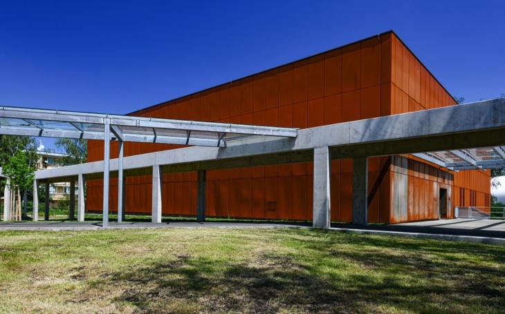Do moderního depozitáře muzea se mohou stěhovat sbírky. Kraj ho chce otevřít veřejnosti