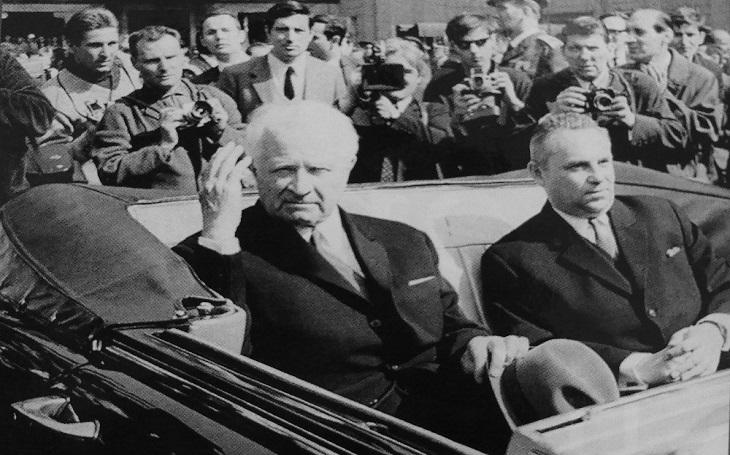 O Dubčekově ´nehodě´ má pochybnosti, prozradil. Syn kancléře tří prezidentů připomíná v knize i osudovou cestu do Moskvy