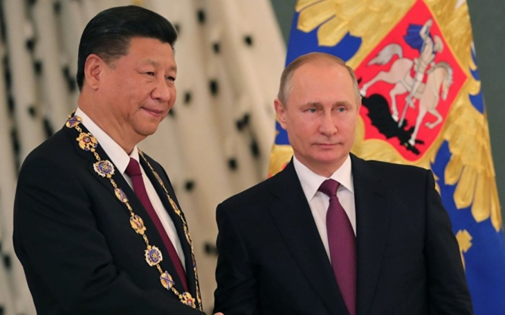 Naše štěstí nepochází z toho, jak se Putin nebo Si-Ťin pching vyspí. Komentář Štěpána Chába