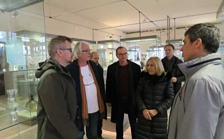 K Ladislavu Lábusovi, Josefu Pleskotovi a Petru Všetečkovi přibyla ještě Eva Jiřičná... Zámek Pardubice má silný architektonický tým